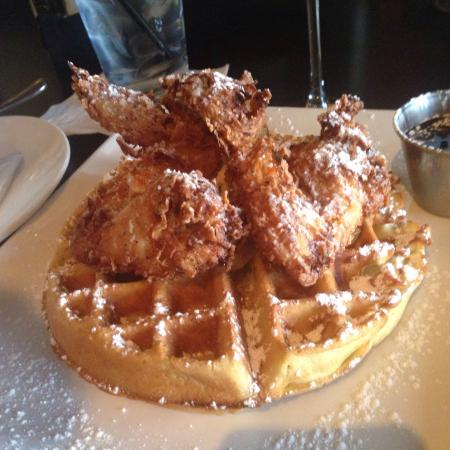 Top 5 Chicken & Waffles Dishes